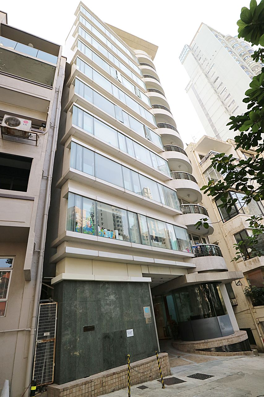 St paul 39 s terrace mid levels central apartment for rent for Terrace building