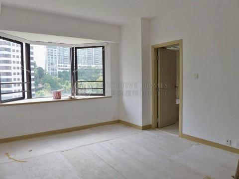 Estoril Court Mid Levels Central Apartment For Rent