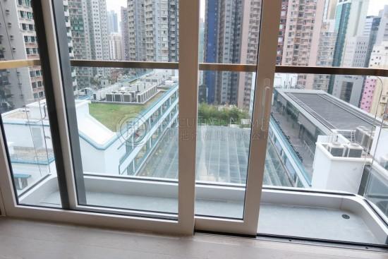 28 Aberdeen Street Sheung Wan Apartment For Rent