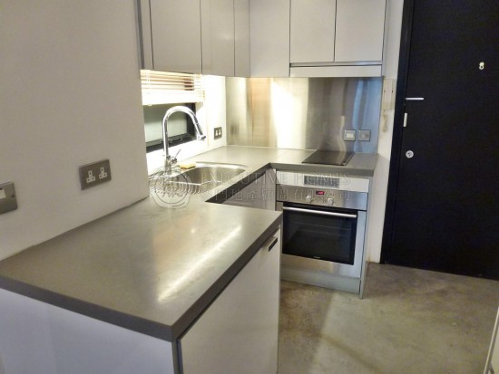 Hung Cheong House Sheung Wan Apartment For Rent